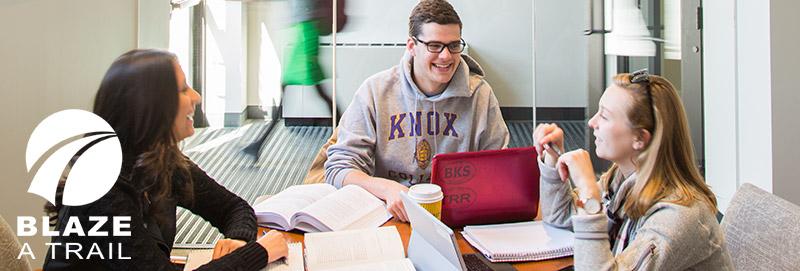 Knox College Student collaborate in Alumni Hall