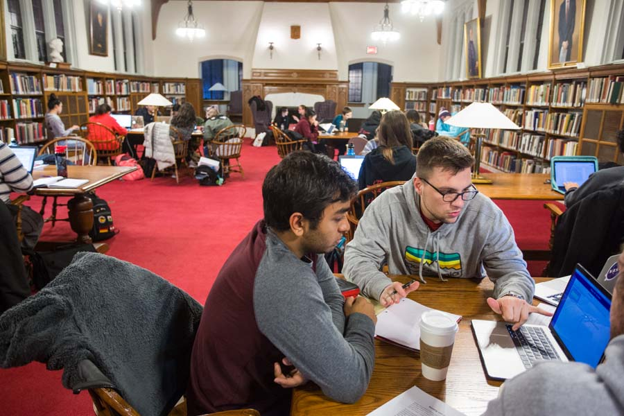 Knox College students study together in Seymour library