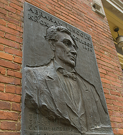 Abraham Lincoln inscription on Old Main