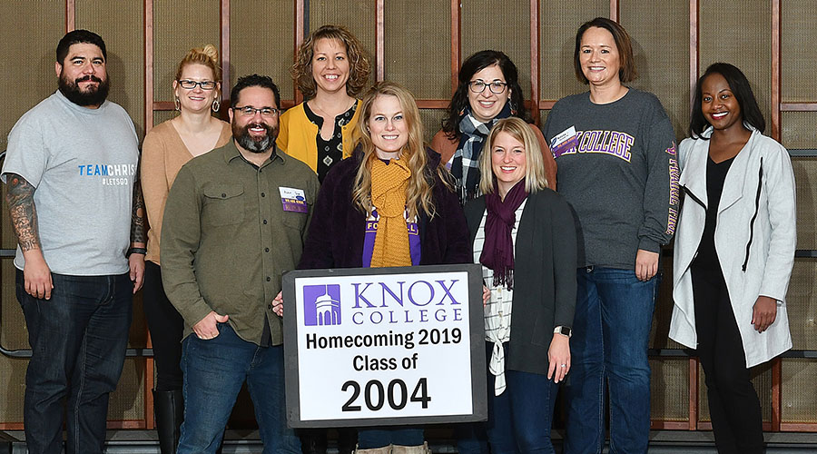 Homecoming 2019 Class of 2004 15th Reunion Class Photo