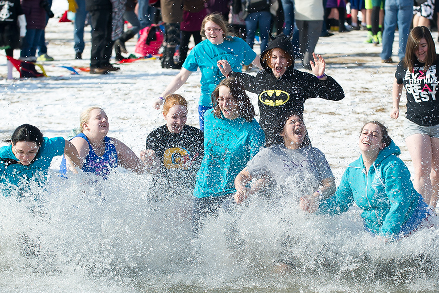 Polar Plunge Participation Shows Love of Service