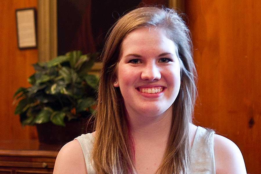 Summer Internship Spotlight Laura Pochodylo Knox College