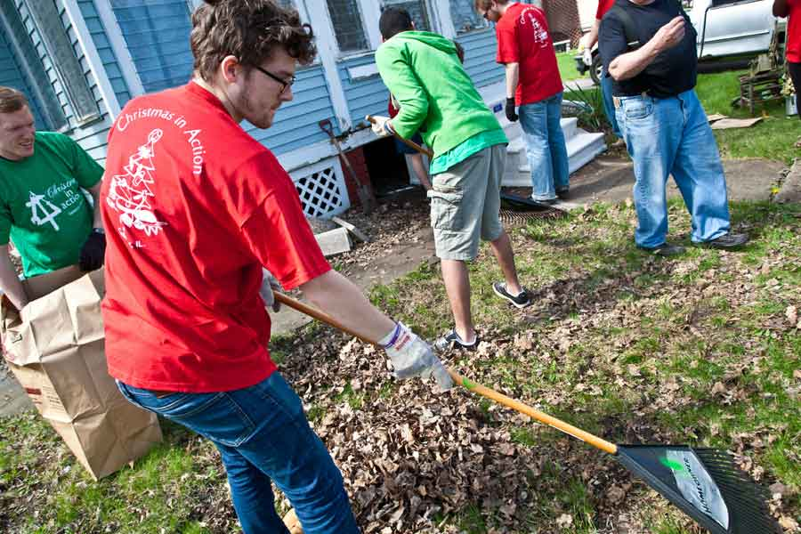 Engage Knox Combines Community Service and Carnival