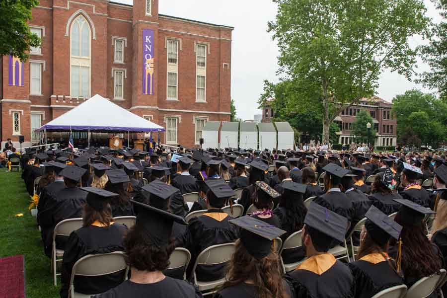 7 Things to Know About Knox's 2015 Commencement