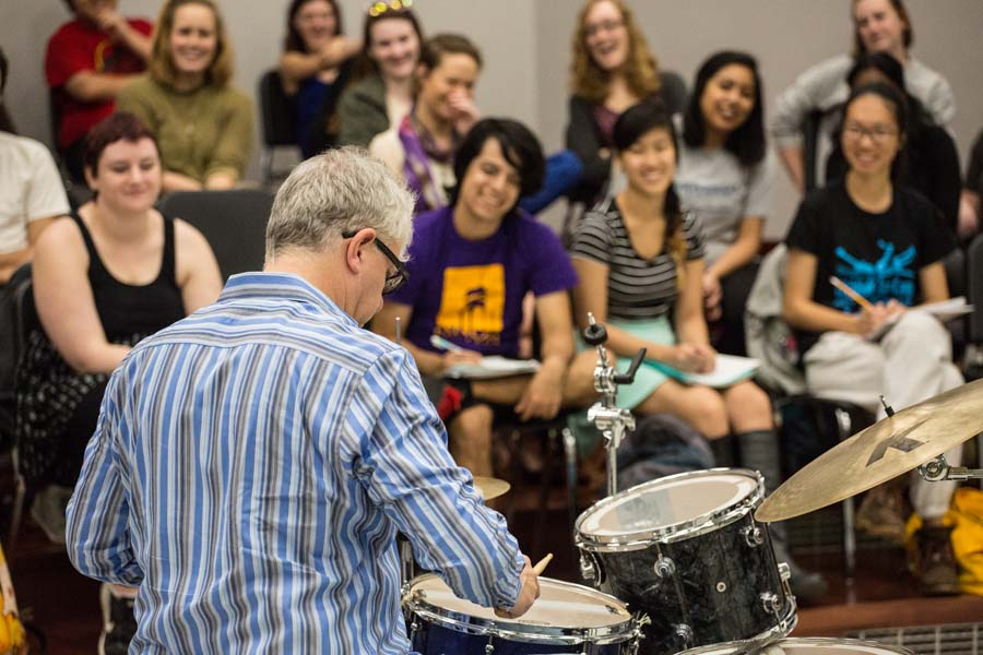 Renowned jazz drummer Matt Wilson performs for a music class at Knox College.