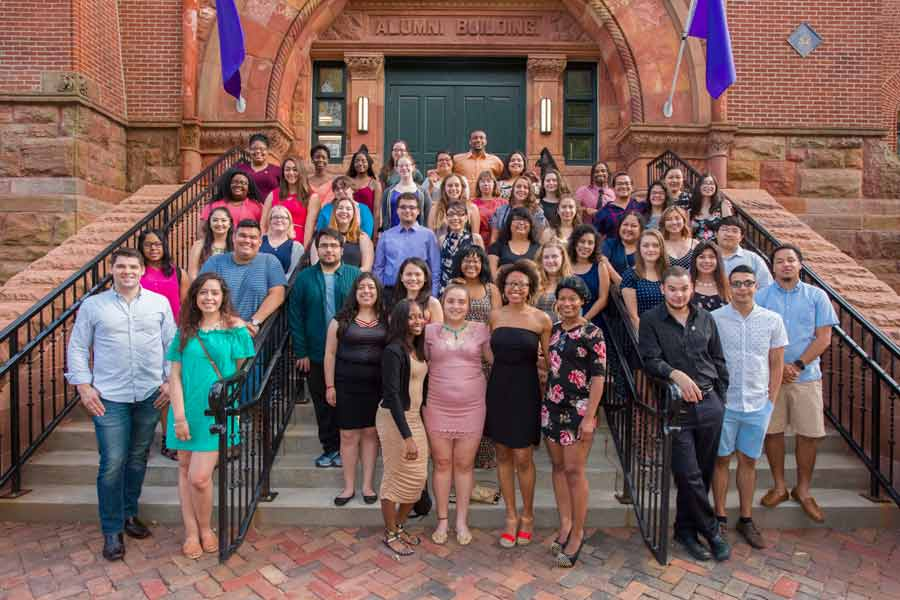Knox College celebrates first-generation students in the Class of 2017