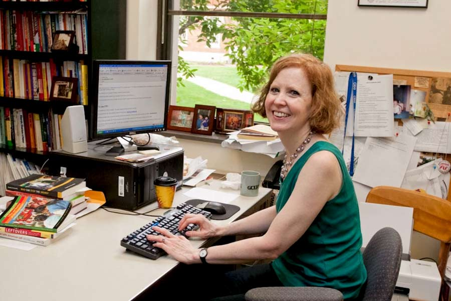 Professor Karen Kampwirth Receives Prestigious Research Fellowship