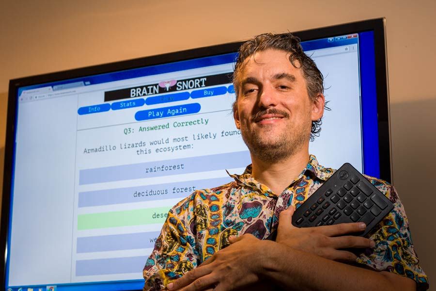 Knox Professor and Student Create Online Trivia Game