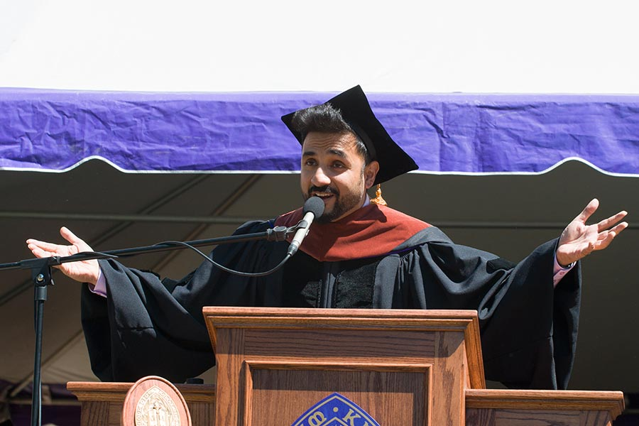 Vir Das '02 gives the Commencement Address at Knox College Commencement 2018.