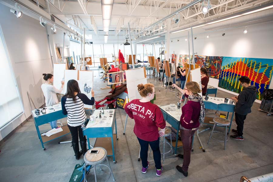 Art class in the Whitcomb Art Center at Knox College