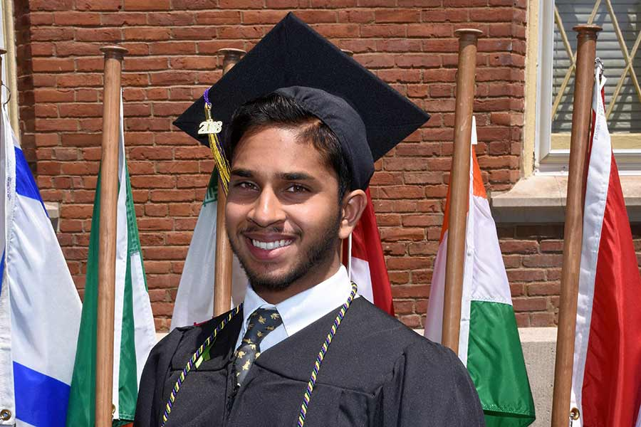 Sidath Wanigasinge receives his diploma at Knox College Commencement 2018