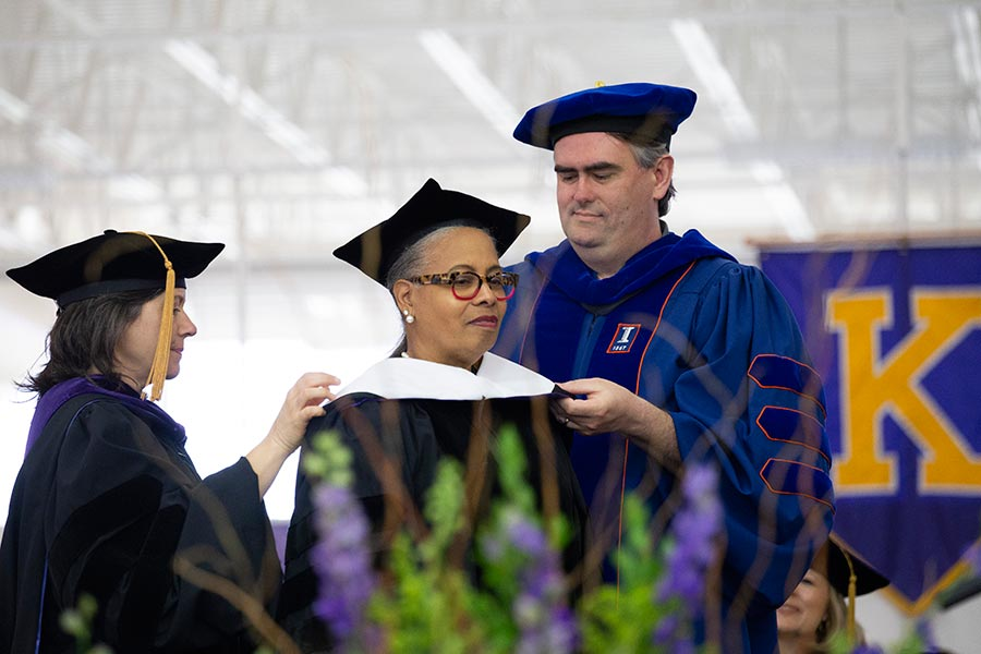 Gloria Ladson-Billings receives a Doctor of Science at Knox College Commencement 2019.