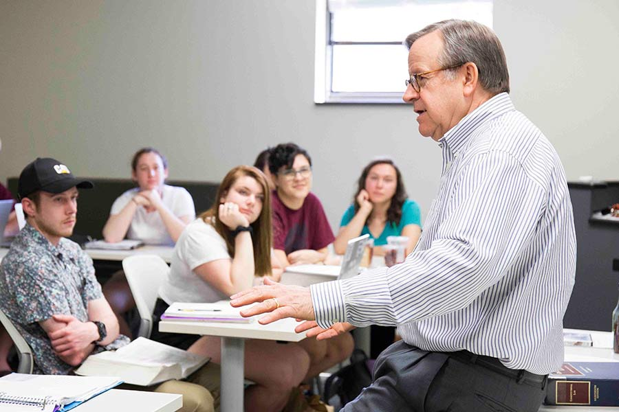 Law Professor Lane Sunderland leads a discussion in the classroom.