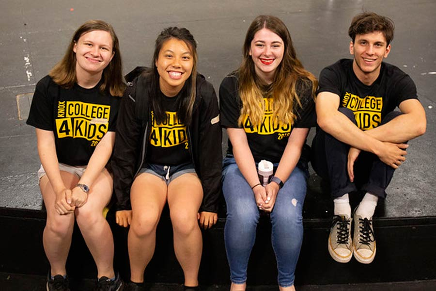 Knox Grads and Students Contribute at 2019 College for Kids