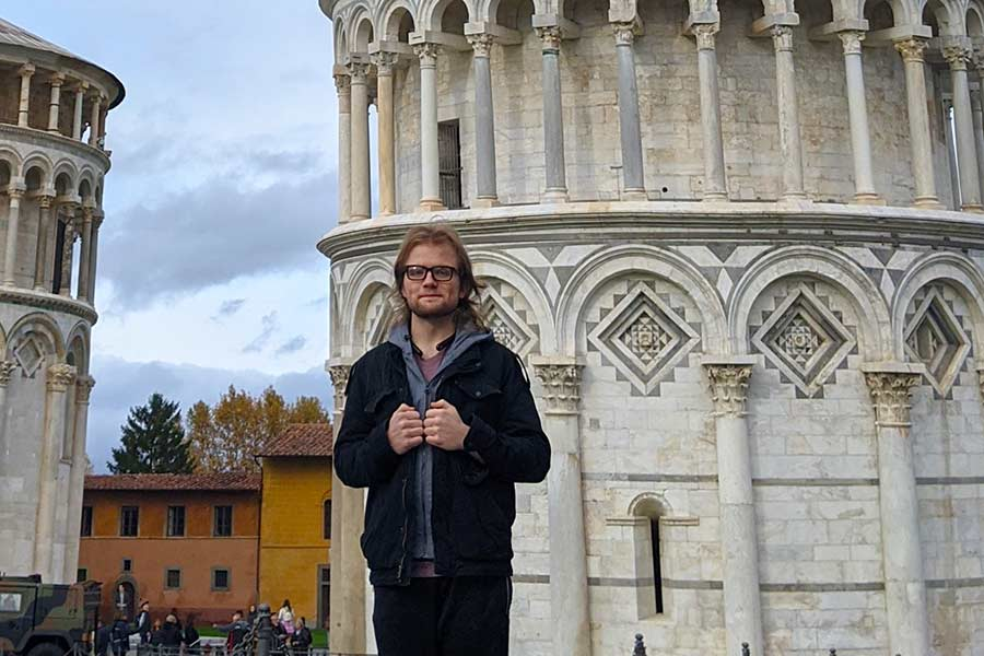 Einar Pieler '21 studied and taught music during his time abroad in Milan, Italy.